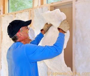 Как утеплить деревянный дом изнутри