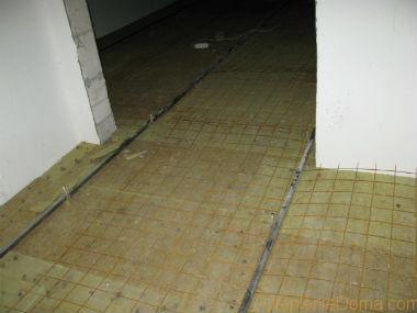 как утеплить бетонный потолок в частном доме минватой
