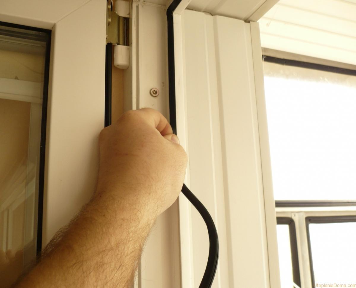 Как утеплить двери ПВХ?