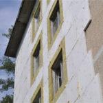 Качественное крепление пенопласта к стене – это основа основ при утеплении дома