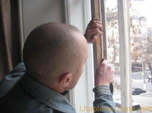 Как правильно утеплить деревянные окна