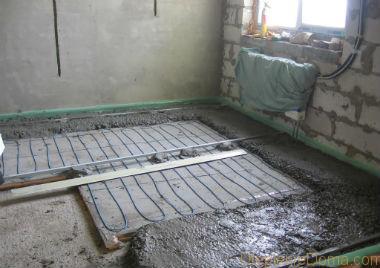 Чем заливать теплый водяной пол