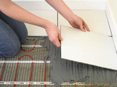 Перед тем, как уложить теплый пол под плитку