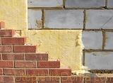 Лучше всего для утепления фасада дома из пеноблоков подходит пенопласт и минвата
